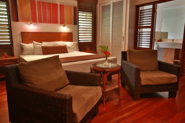 Writing-Retreats with Joanne Fedler-Fiji Accomodation